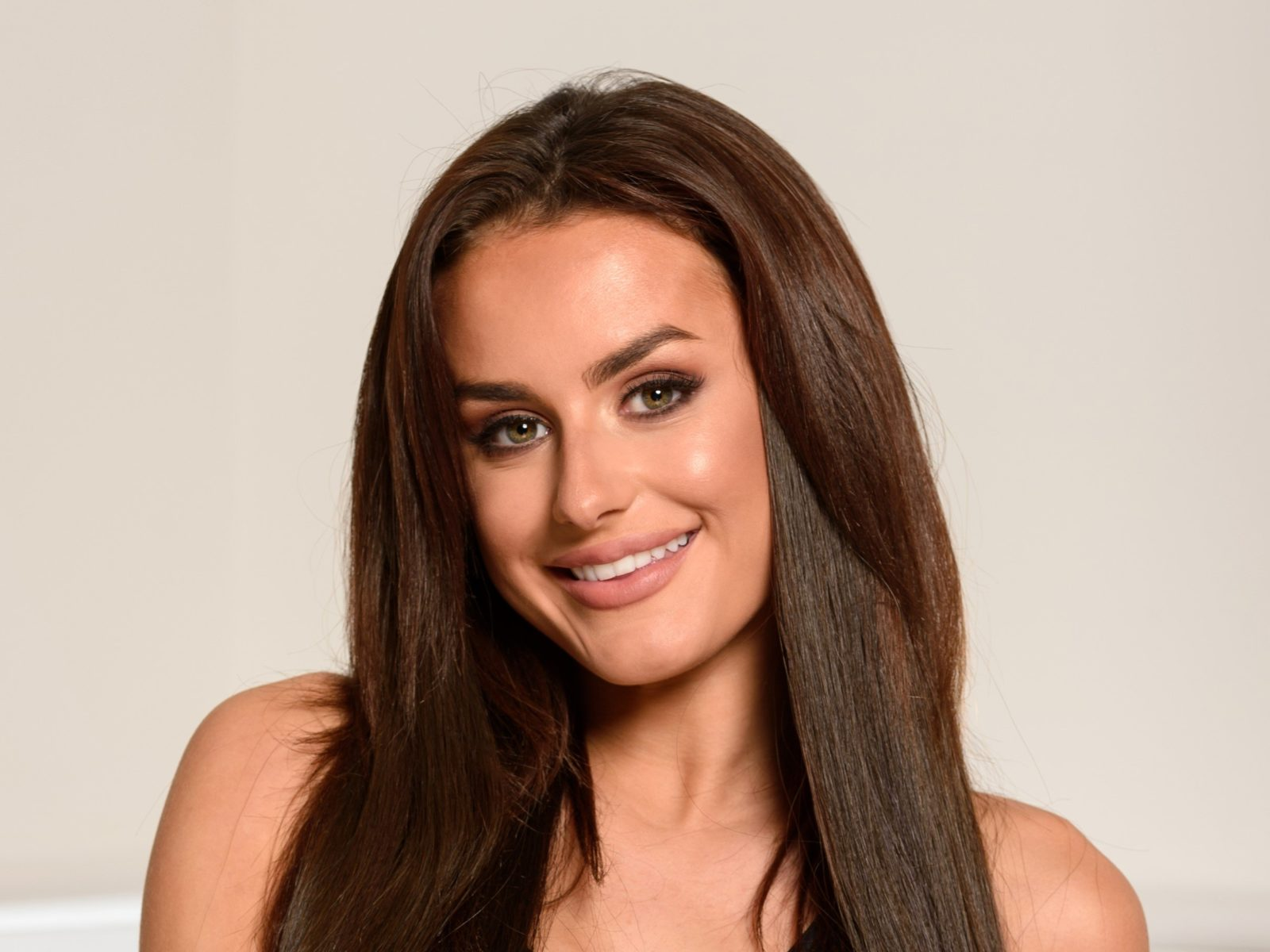 Amber Davies joins Louise Redknapp on stage at West End