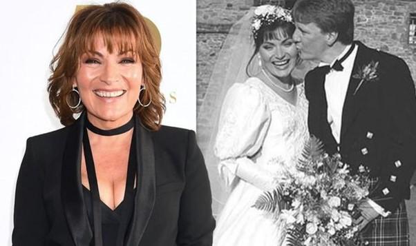 لورين وستيف في يوم زفافهما عام 1992.