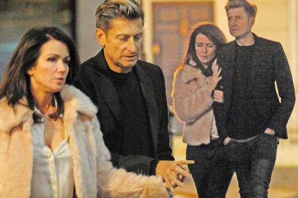 سوزانا ريد في موعد غرامي مع صديقها المتقطع ستيف باريش.
