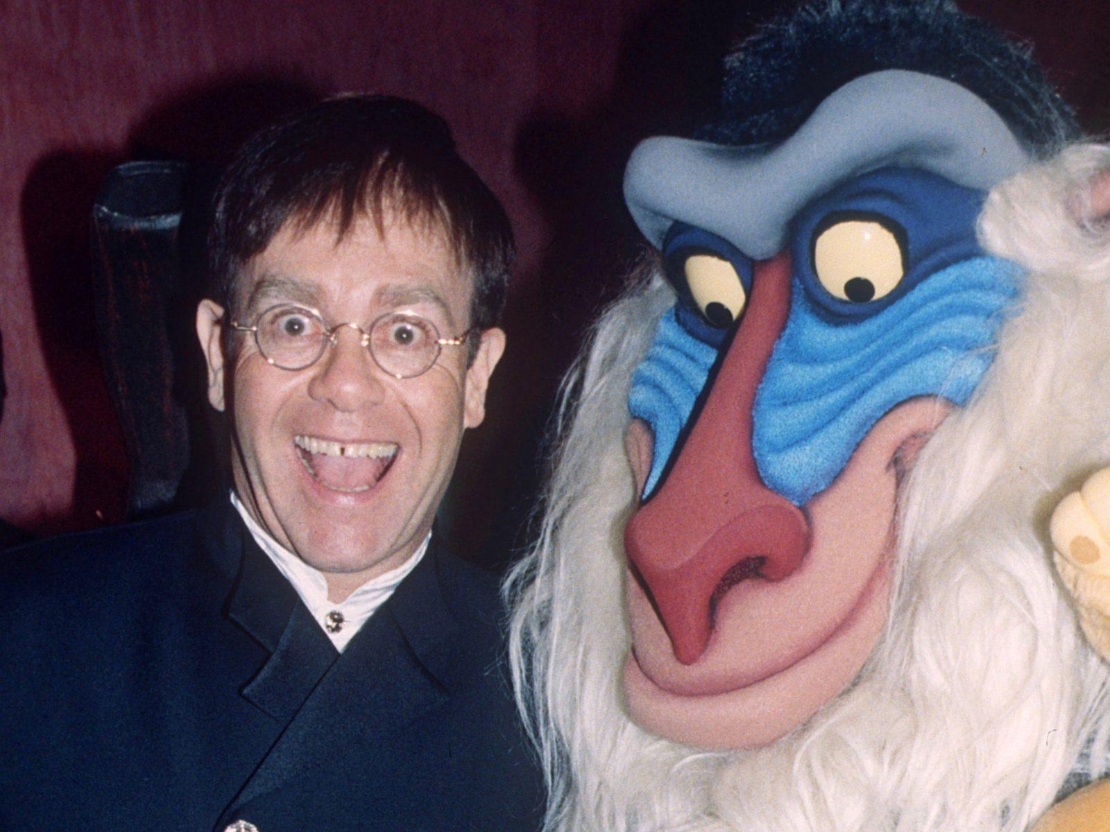 صافي ثروة إلتون جون Elton John و The Lion King